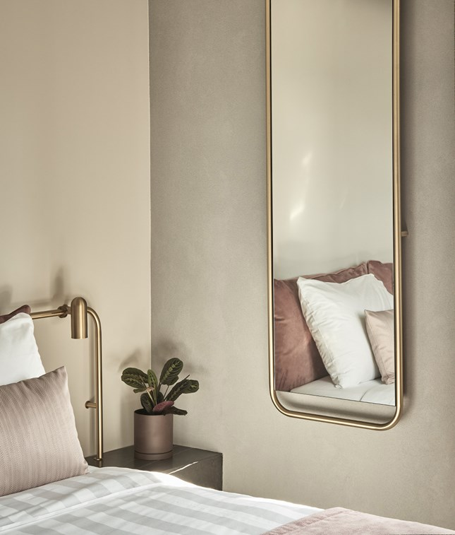 Perianth Hotel Guestroom Bed Mirror Detail Bathroom View Interior Design M 12 R A