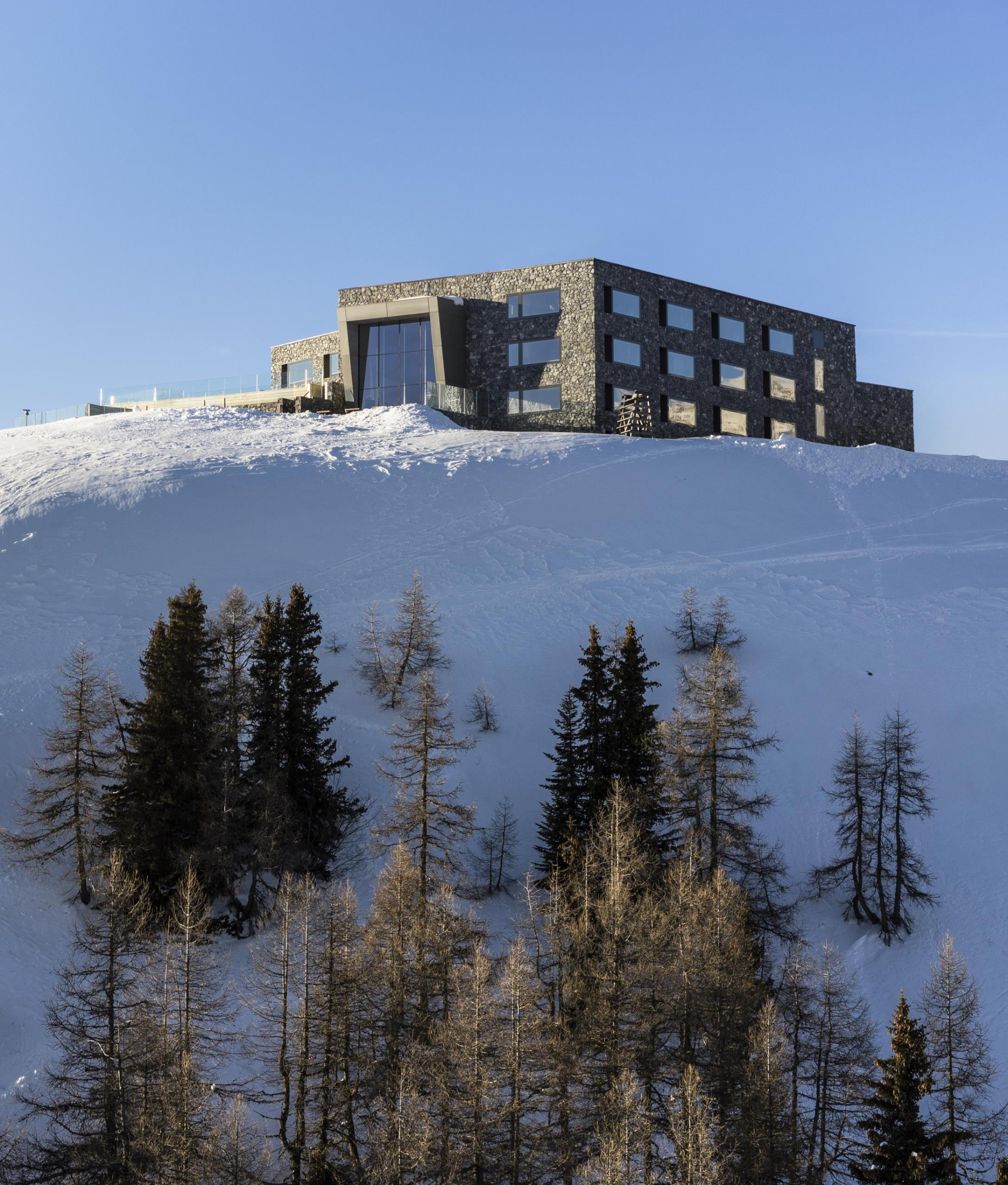 Chetzeron Architecture in Crans-Montana