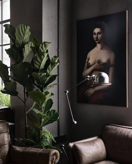 004 Gorgeous George Lobby Painting